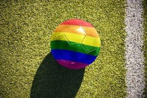 """Público gay pode ser """"excluído"""" das próximas duas Copas do Mundo"""