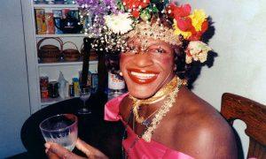 Documentário sobre Marsha P. Johnson debate a invisibilidade trans na comunidade LGBT