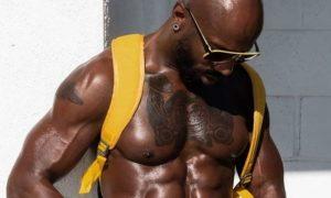 Ator fala sobre objetificação do corpo negro