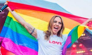 Mel C afirma em entrevista que queria ser lésbica