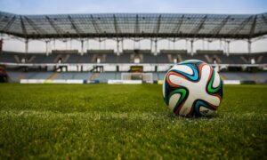 Amstel promove mesa redonda sobre inclusão no futebol