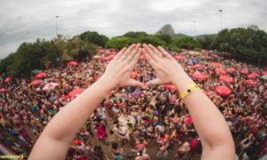 Bloco LGBT é eleito o melhor do carnaval do Rio. Descubra qual!