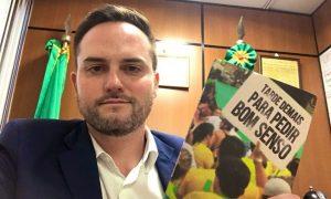 Deputado do Partido Novo defende homofobia com mais preconceito