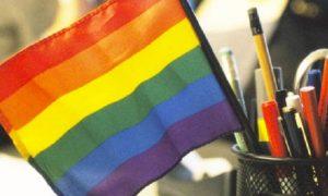 Pesquisa revela que líderes LGBT se assumem menos