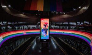Burger King celebra Orgulho LGBTI+ com colaboradores estrelando campanha