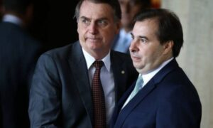 Rodrigo Maia diz que Bolsonaro é gay e é criticado por Jean Wyllys